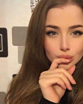 снять девушку на час (АЛЕКСАНДРА, 22 лет)