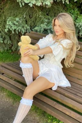 АЛЕКСАНДРА — проститутка для группового секса, тел. 8 964 942-35-41, доступна 24 7